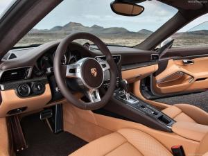 Photo of Porsche 911 Turbo S 991