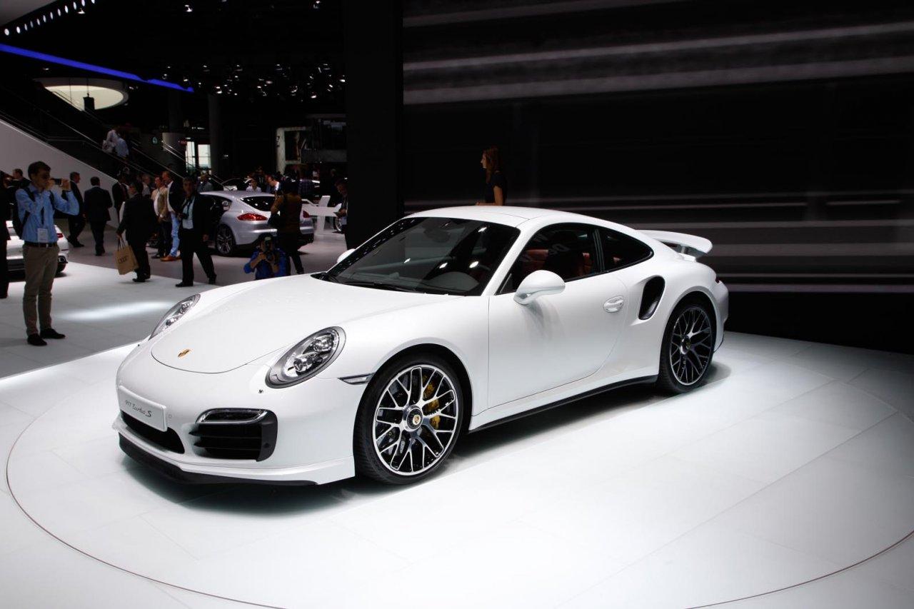 Porsche 911 Turbo S 991 Laptimes Specs Performance Data