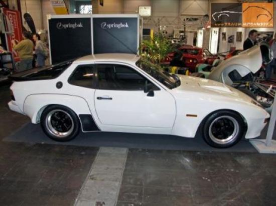 Image of Porsche 924 Carrera GTS
