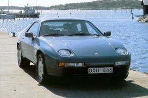Picture of Porsche 928