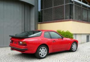 Photo of Porsche 944 Turbo 220 PS