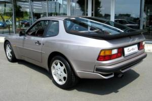 Picture of Porsche 944 Turbo S (250 PS)