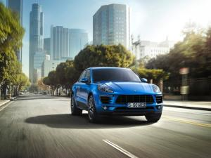 Photo of Porsche Macan Turbo 400 PS