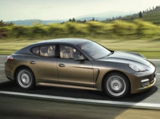 Image of Porsche Panamera 4 V6