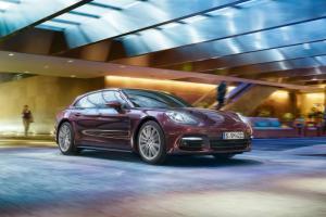 Picture of Porsche Panamera 4S Sport Turismo