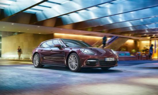 Image of Porsche Panamera 4S Sport Turismo
