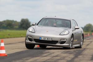 Photo of Porsche Panamera Diesel Mk I