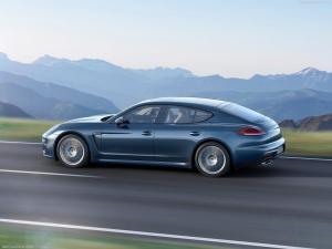 Photo of Porsche Panamera Diesel Mk I facelift