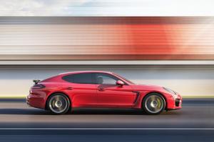 Picture of Porsche Panamera GTS