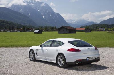 Image of Porsche Panamera S E-Hybrid
