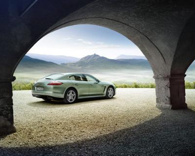 Image of Porsche Panamera S Hybrid