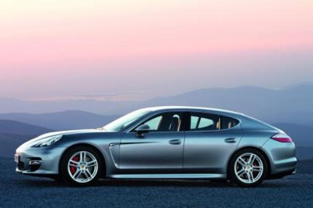 Image of Porsche Panamera Turbo