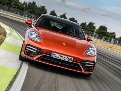 Image of Porsche Panamera Turbo S