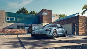 Photo of Porsche Taycan 4S