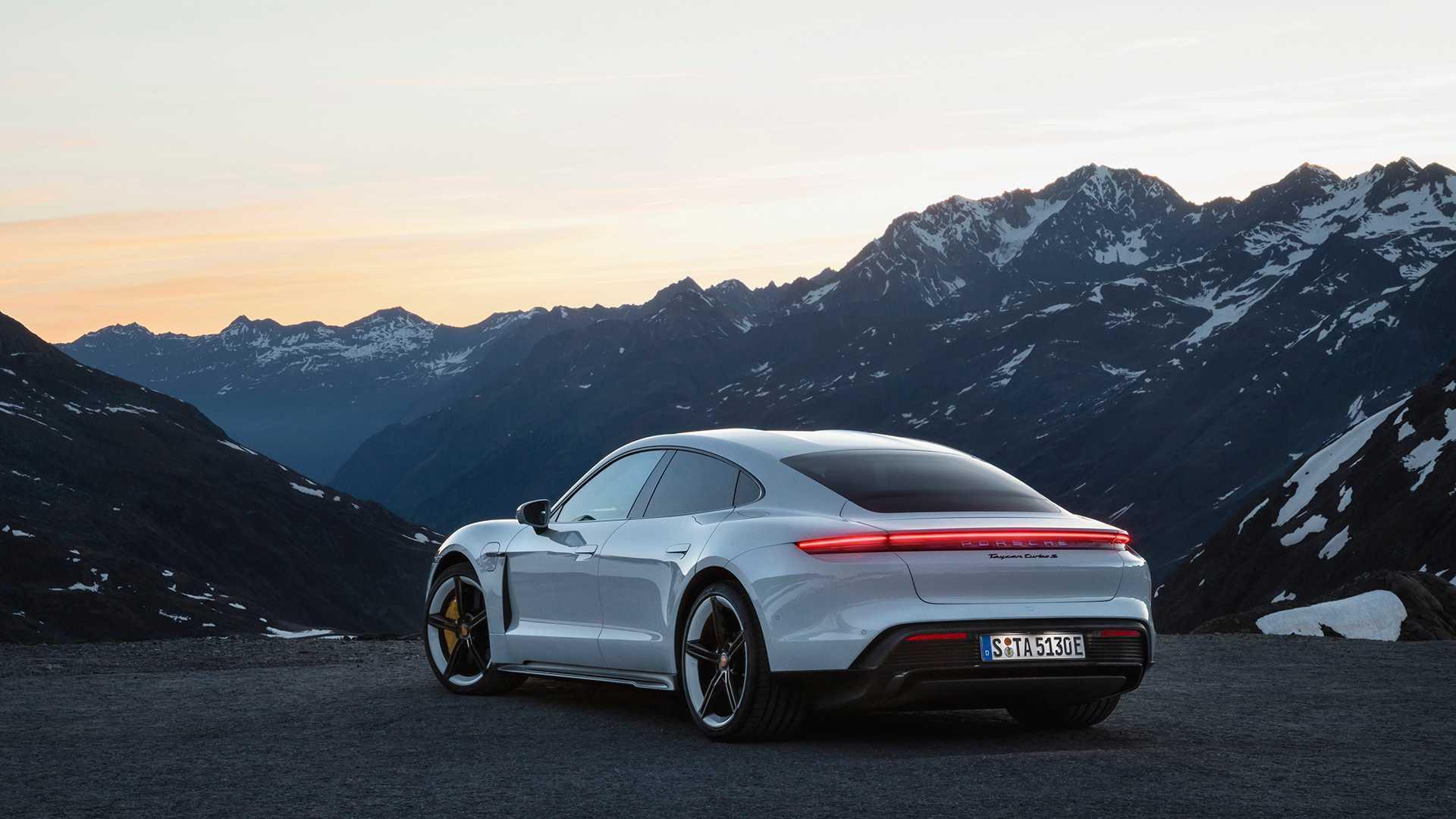 Porsche Taycan Hinta