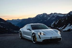 Picture of Porsche Taycan Turbo S
