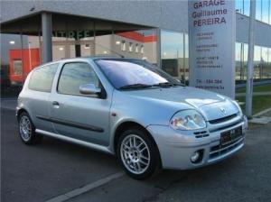 Photo of Renault Clio Sport 2.0 16V