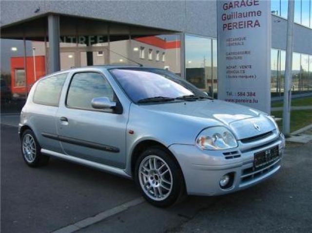 Renault Clio Sport 2 0 16V laptimes, specs, performance data