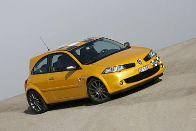 Image of Renault Megane Sport F1-Team R26