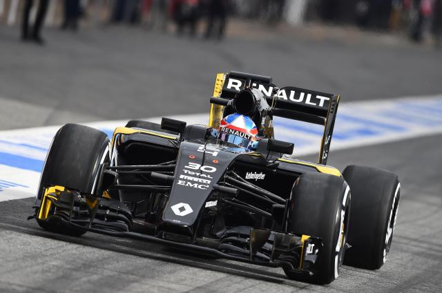 Image of Renault RS16