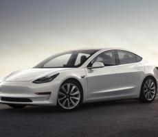 Picture of Model 3 AWD Long Ra..