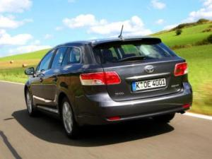 Photo of Toyota Avensis Com. 2.2 D-4D
