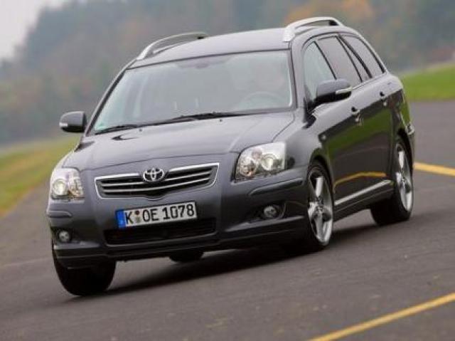 Toyota Avensis Wagon 2 2 D-CAT laptimes, specs, performance