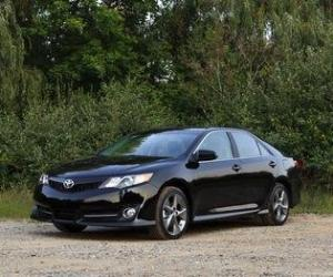 Picture of Toyota Camry SE V6