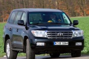 Picture of Toyota Land Cruiser V8 4D-4D