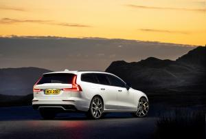 Photo of Volvo V60 T8 Polestar Mk II