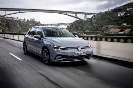 Image of VW Golf 1.5 eTSI ACT OPF