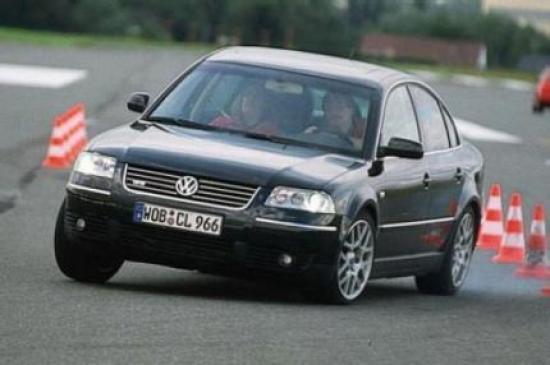 Image of VW Passat W8