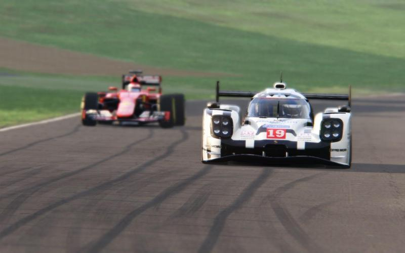 Cover for Which is faster - Le Mans LMP1 car or Formula 1 car?